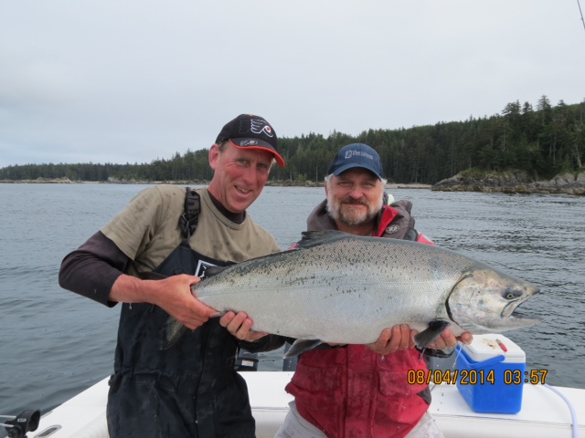 * Jeff Balliet with a nice 30.5 lb tyee.