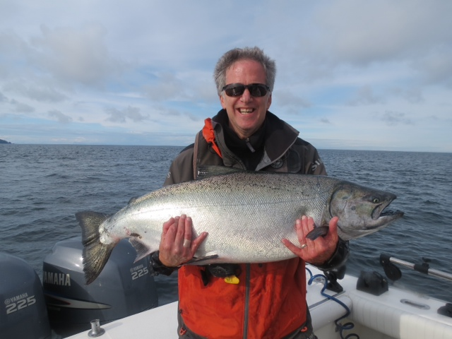 * Jeff Kuhns and his 41.2lb Tyee caught with guide Screamer.