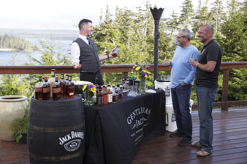 Gerry Jobe offering up some cocktails on another beautiful evening at The Clubhouse