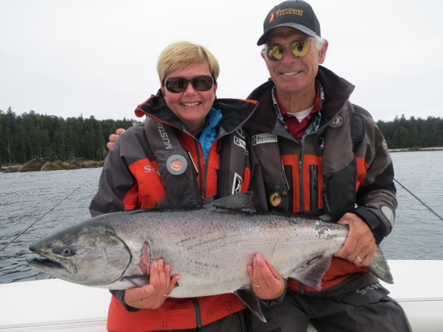 <em>* Bob Gallacher and wife Christy with a nice Chinook minus the whale bite. </em>