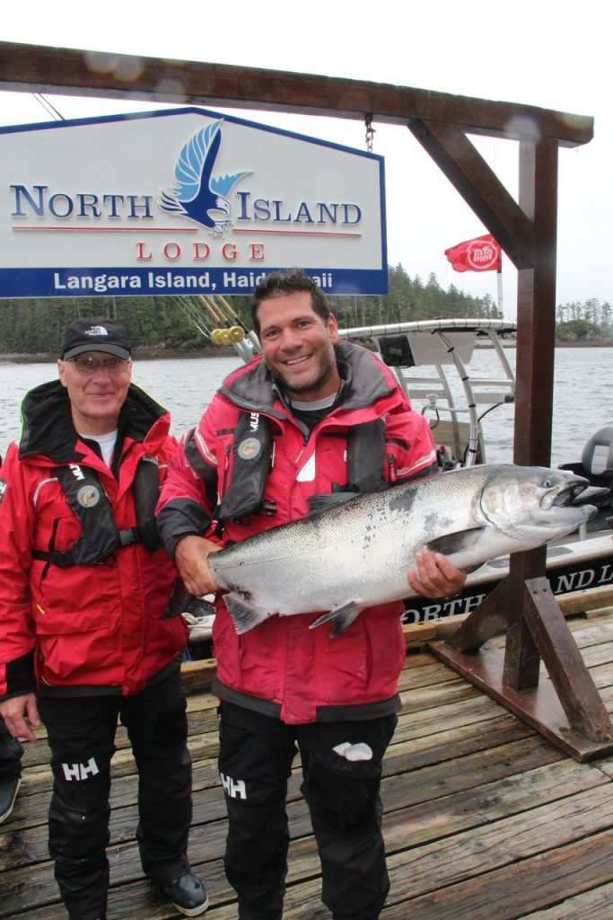 <em>* Sean Skuter and a 34lb Tyee caught on a self-guided mission. </em>