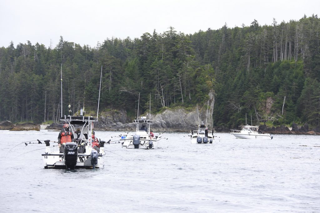 <em>* Boats lined up at Fish Bowl with anxious anglers waiting for their chance at the big one. </em>