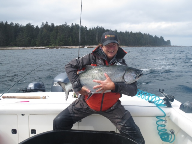 <em>* Kellie Elliott and her 32lb Tyee caught on the West Bank. </em>