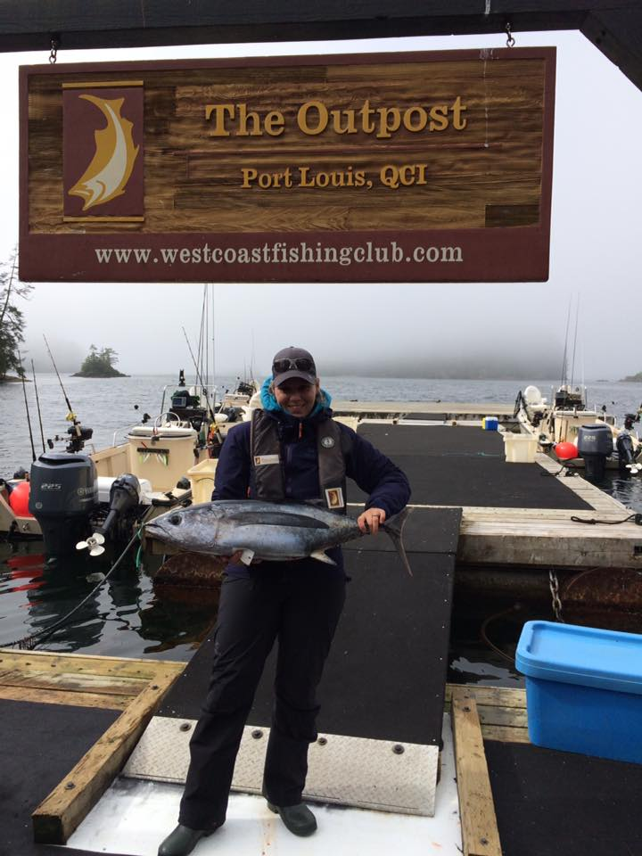 <em>* Chef Stephanie Noel with a nice Tuna after a successful offshore adventure. </em>